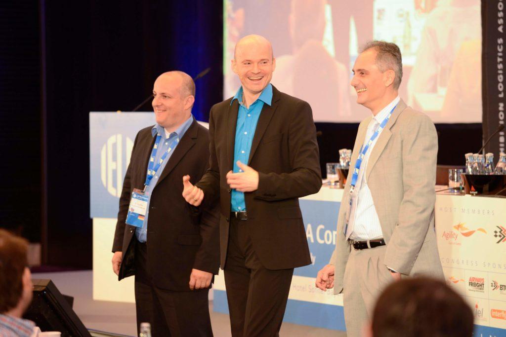 Speaker und Moderator Armin Nagel bringt ihre Mitarbeiter und Kunden zum Lachen. Erfahren Sie mehr!
